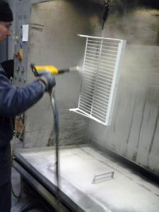 elektrostatické nanášanie termoplastických práškových farieb